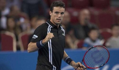 Босниец Джумхур вышел вфинал теннисного турнира в северной столице