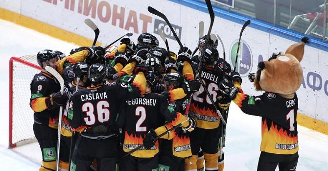 Рижское «Динамо» проиграло 12-й матч постоянного чемпионата КХЛ подряд, уступив «Адмиралу»