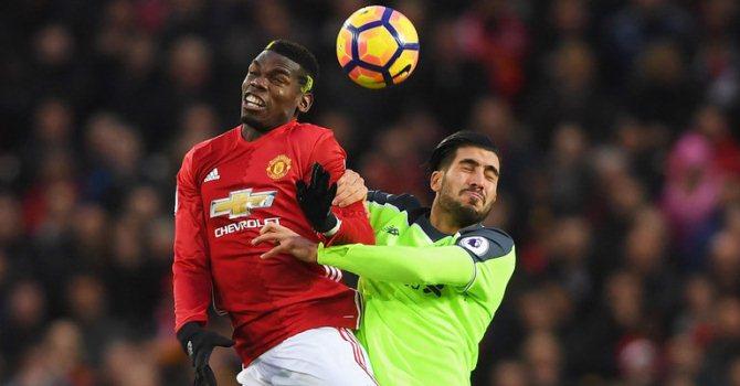 Футболисты «Ливерпуля» и«Манчестер Юнайтед» сыграли вничью вматче чемпионата Британии