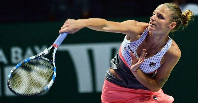 Винус Уильямс одолела Остапенко вматче итогового турнира WTA вСингапуре
