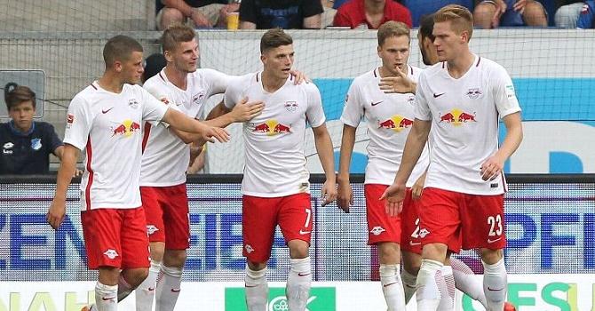«Бавария» обыграла «РБЛейпциг» ивышла влидеры чемпионата Германии пофутболу