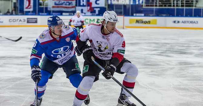 Несколько хоккеистов «Лады» отравились вЧелябинске
