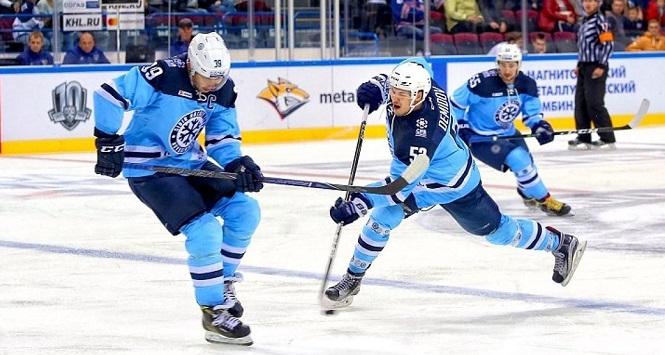 КХЛ: завтра новосибирская «Сибирь» сыграет со«Слованом». Где посмотреть?