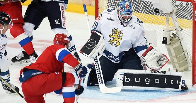 Сборная Российской Федерации похоккею обыграла швейцарцев наКубке Карьяла