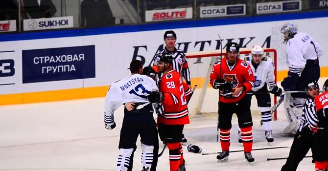 Гол Литовченко принес «Амуру» победу над «Адмиралом» вматче КХЛ