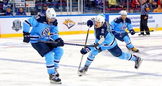 «Сибирь» - «Торпедо»: выиграет ли «Сибирь» четвертый матч подряд?