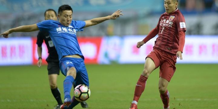 «Сувон» – «Шанхай Шэньхуа»: сколько забьют команды?