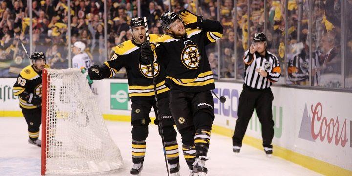 «Бостон» обыграл «Торонто» иувеличил преимущество всерии