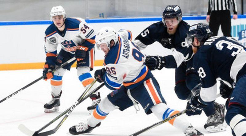 Питерское «Динамо» выиграло у«СКА-Невы» третий матч вфинале ВХЛ