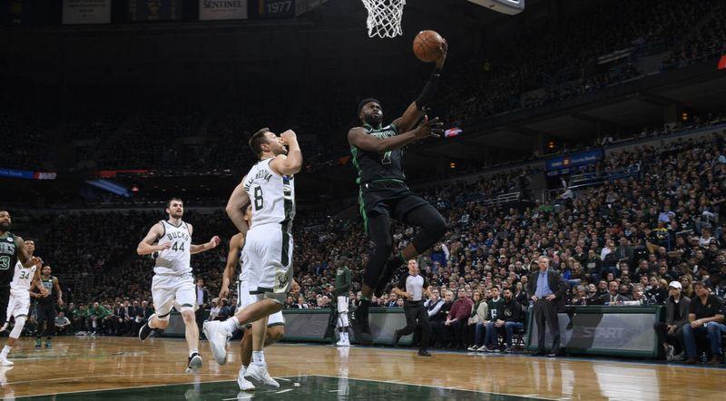 «Бостон» - «Милуоки»: кто окажется сильнее?