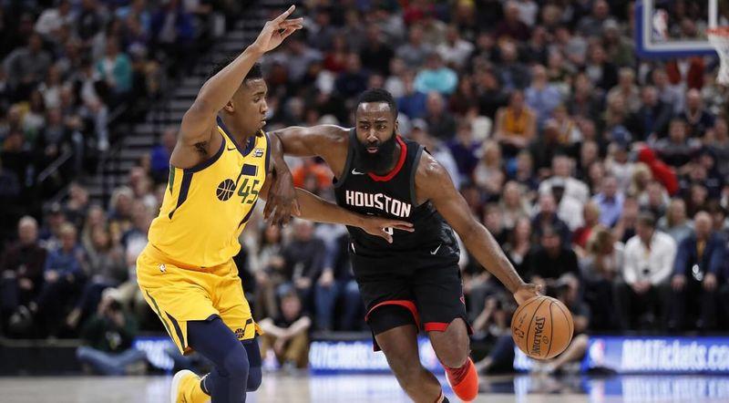 «Хьюстон» победил «Юту» впервом матче ¼ финала плей-офф НБА
