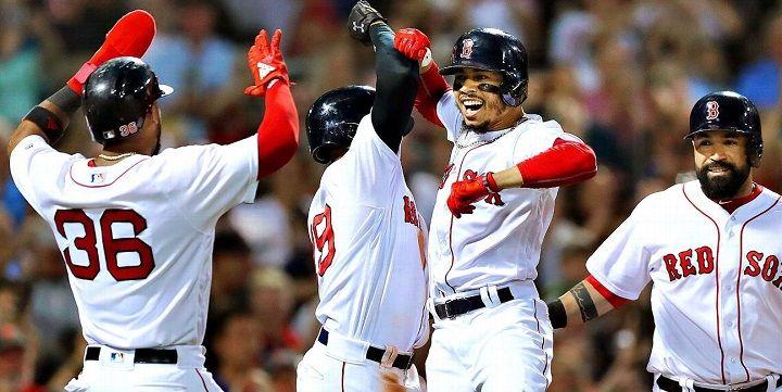 «Бостон» - «Торонто»: как сыграет свой матч первый участник плей-офф?